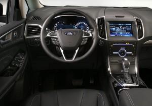 Ford Galaxy 03