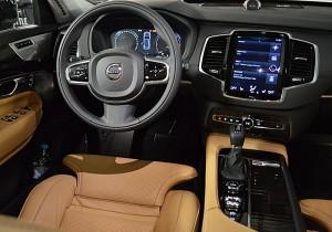 Volvo XC90 03