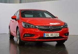 Opel Astra Sitz 03