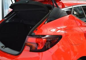Opel Astra Sitz 07