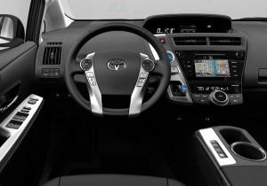 Toyota Prius+ 02