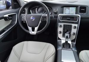 Volvo V60 D4 02