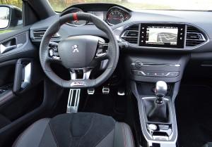Peugeot 308 GTi 03