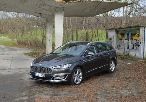 Ford Vignale 08