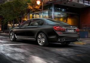 BMW M7 02