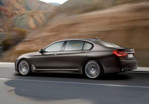 BMW M7 05