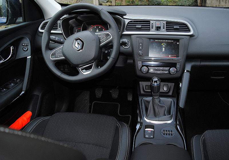 renault kadjar tce 130 auto reise creative. Black Bedroom Furniture Sets. Home Design Ideas
