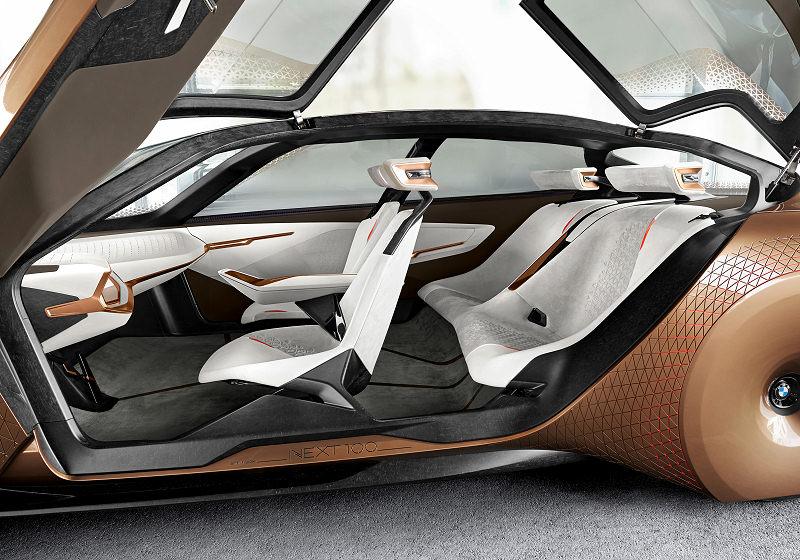 ... Element Des Visionsfahrzeugs Ist Die Alive Geometry U2013 Etwas, Das Man So  Im Automobil Noch Nie Gesehen Hat. Es Ist Eine Art Dreidimensionale Skulptur,  ...