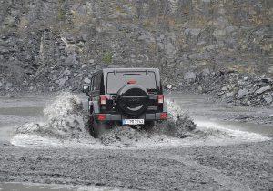 Jeep Wrangler 16 TW 01