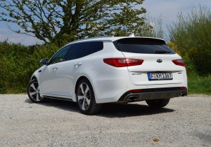 Kia Optima Sportswagon 10