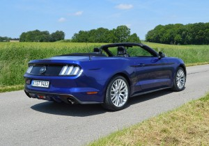 Ford Mustang 10