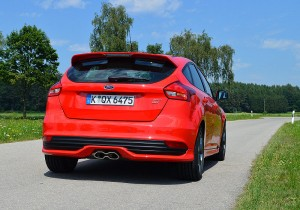 Ford Focus ST 01