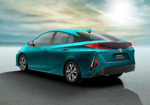 Toyota Prius Plug-in Hybrid 01