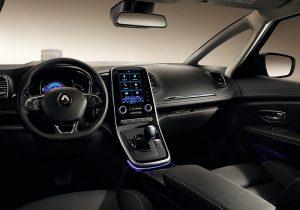 Renault Grand Scenic 03