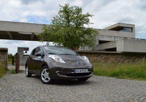 Nissan Leaf 07