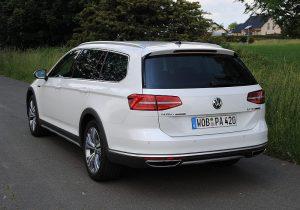 VW Passat Alltrack 11
