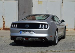 ford-mustang-gt-23