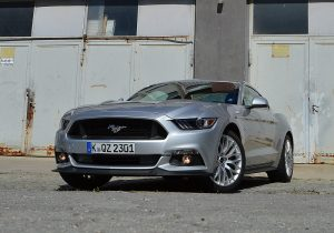 ford-mustang-gt-24