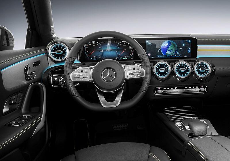 auto-reise-creative   Die künftige Mercedes A-Klasse von INNEN